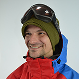 Profile Kiril Uzunov snowboard instructor